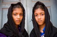 Desa Aneh Dengan Jumlah Anak Kembar Terbanyak Di Dunia